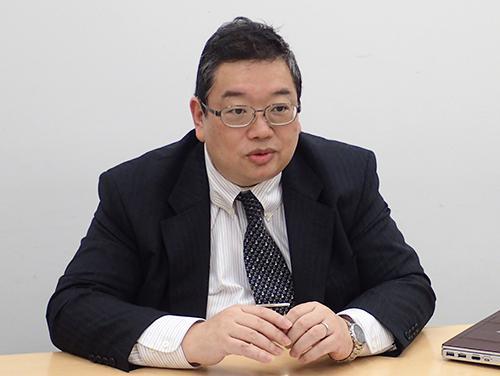 遠藤哲郎 氏