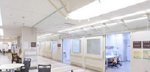 国立がん研究センター中央病院の内部(国立がん研究センター提供)
