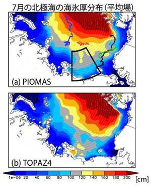 図1 7月の北極海における氷の分布と厚さ。「PIOMAS」(上)は、米ワシントン大学で開発された方式を使って計算した実際の海氷。「TOPAZ4」(下)は予報によって得られたもの。よく一致している。上図の黒枠が東シベリア海。(図はいずれも中野渡さんら研究グループ提供)