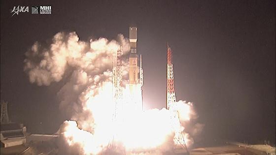 「こうのとり」8号機の打ち上げの様子(JAXA提供)