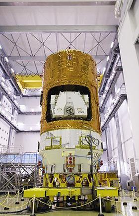 7月に報道陣に公開された「こうのとり」8号機(JAXA提供)