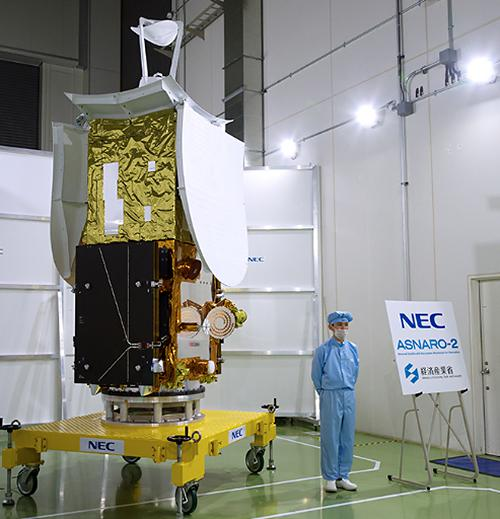 写真2 2017年8月にNEC府中事業場で公開されたアスナロ2(NEC提供)