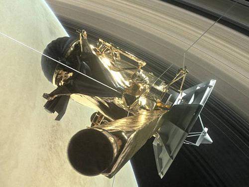 画像3 土星の輪の内側に向かうカッシーニの想像図(提供・NASA)