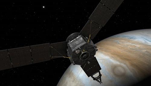 画像3 木星に接近した米探査機ジュノーの想像図(提供・NASA)
