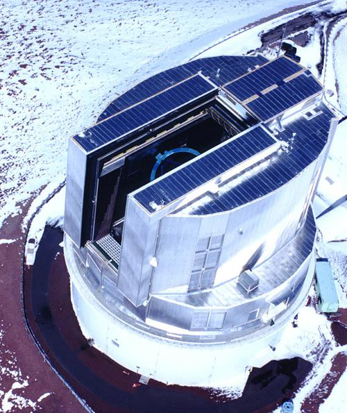 画像3 米ハワイ島マウナケア山頂付近に建てられた国立天文台のすばる望遠鏡(国立天文台提供)