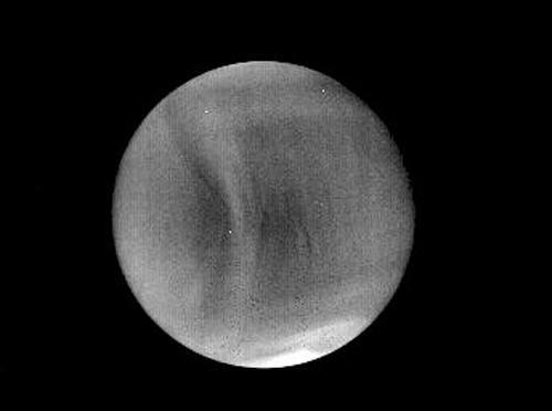 図4 中間赤外カメラ(LIR) 2015年12月7日14:19ごろ撮影(日本時間)