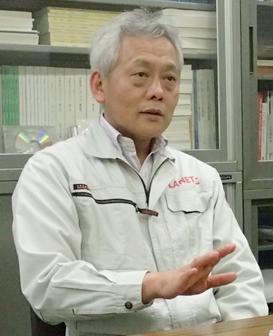 あかつきのシステム設計全体を統括する石井信明氏。JAXA宇宙科学研究所にて
