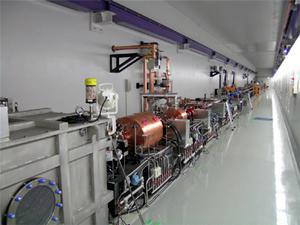 X線自由電子レーザー試験機収納部