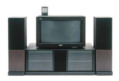 写真1 36型HD(ハイビジョン)トリニトロンテレビKW-3600HD (提供・国立科学博物館/ソニー)
