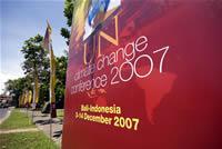 気候変動枠組条約締約国会議 看板