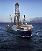写真1 ジョイデス・レゾリューション号(提供IODP/JAMSTEC)
