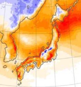 図 日本と日本周辺の将来の降雪量(水換算)の変化。青い領域は降雪が増えると予想される地域(気象研究所など研究グループ作成、気象研究所提供)