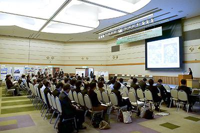 仙台国際センターの別室で行われたセッション3のようす