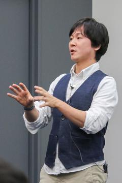 ファシリテーターの本田隆行さん