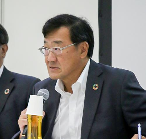 写真3 JST研究開発戦略センター・センター長代理の倉持隆雄さん