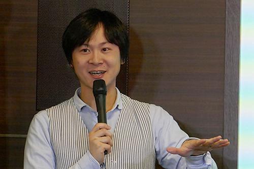 写真2 ファシリテーターの本田隆行さん