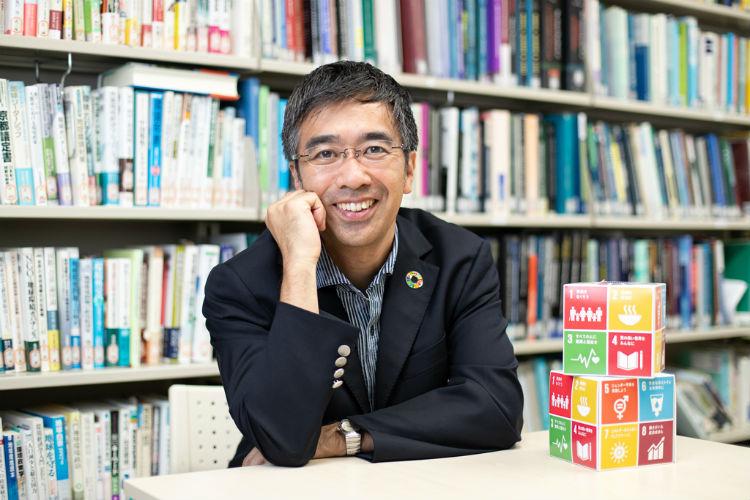 慶應義塾大学大学院 政策・メディア研究科 教授 蟹江憲史さん