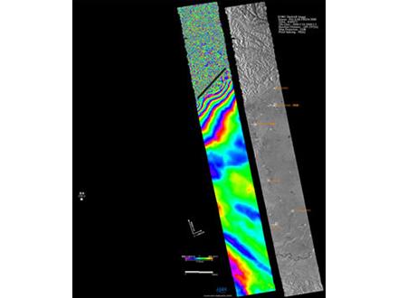 断層挟み複雑な地殻変動「だいち」が観測