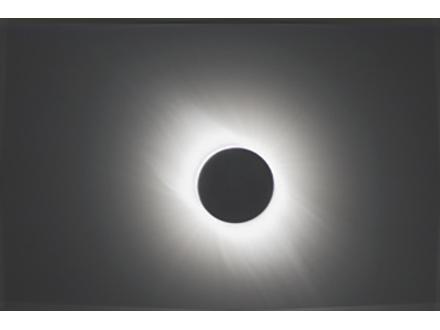 硫黄島近海などで皆既日食観測