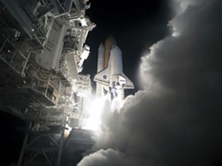 宇宙で膨らむ小型居住棟がISSに NASAが設置成功