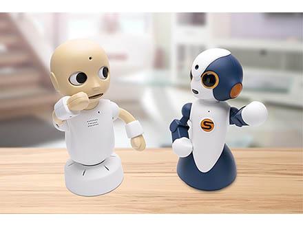 自然な対話可能なヒト型ロボット開発