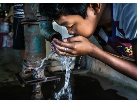 世界の5歳未満児の死因の4分の1は環境要因 WHO報告書