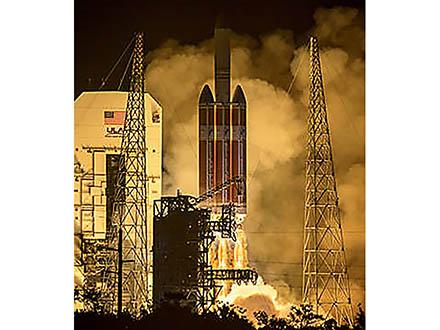 太陽に最接近してコロナの謎に迫る NASAが探査機を打ち上げ