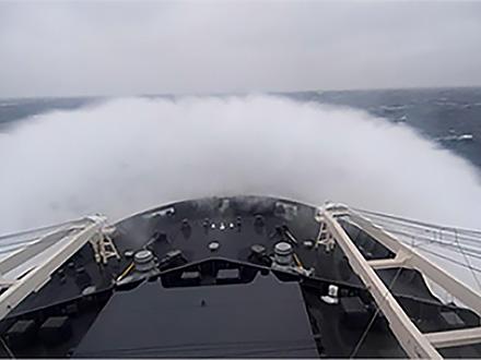 船酔いと呼気中の二酸化炭素濃度の関係明らかに ?南極観測船しらせで研究?