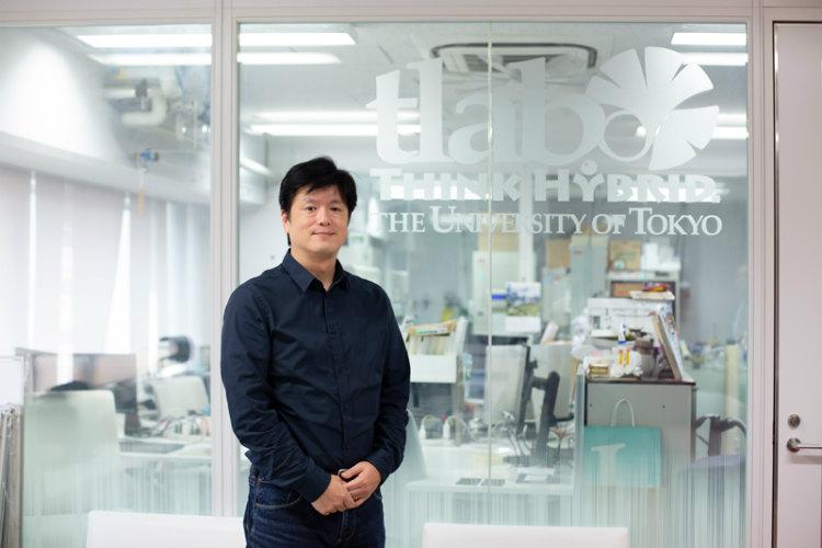 東京大学大学院情報理工学系研究科知能機械情報学専攻 生産技術研究所(兼務) 教授 竹内昌治さん