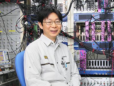 理研 仁科加速器科学研究センター・超重元素分析装置開発チームリーダーの森本幸司さん