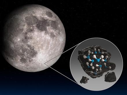 月面の日の当たる場所で「水分子を検出」とNASA
