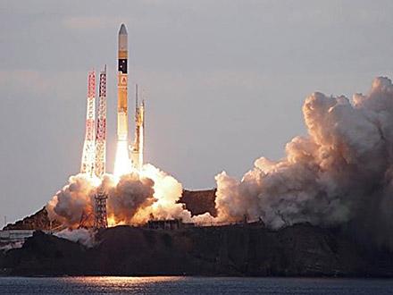 データ中継衛星打ち上げ成功 H2Aロケット43号機