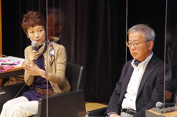 多彩な意見をタカハシさん(左)が整理し、ディスカッションは進んだ