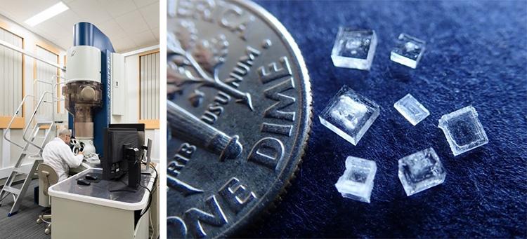 今回使われた電子顕微鏡(左)と、塩化ナトリウムの成長した結晶(東京大学提供)
