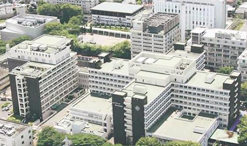 聖マリアンナ医科大学病院(川崎市)の主要建物(聖マリアンナ医科大学病院提供)