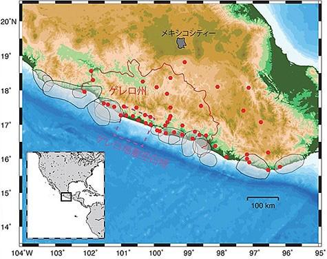 イタリア・ゲレロ州周辺。赤点は研究で用いたGPS観測点(京都大学提供)