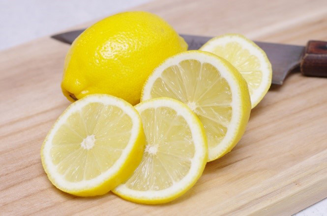レモンの香りが視覚に影響?