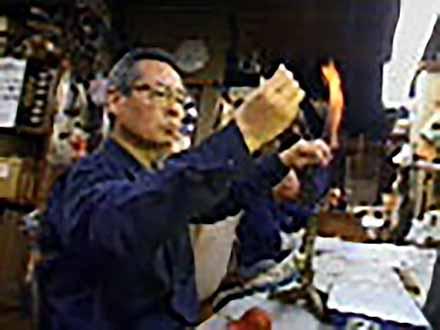 """匠の息吹を伝える〜""""絶対""""なき技術の伝承〜 (14)温度測定の基本をつくる喜び〜ガラス基準温度計の製作〜"""