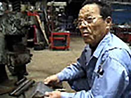 """匠の息吹を伝える〜""""絶対""""なき技術の伝承〜 (27)金属板でストーリーを組立てる〜板金加工〜"""