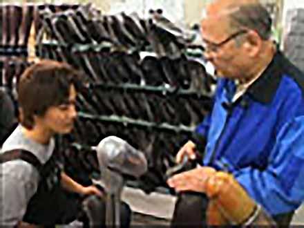 """匠の息吹を伝える〜""""絶対""""なき技術の伝承〜 (67)靴という名の宝石を履く 〜婦人皮革靴製造〜"""