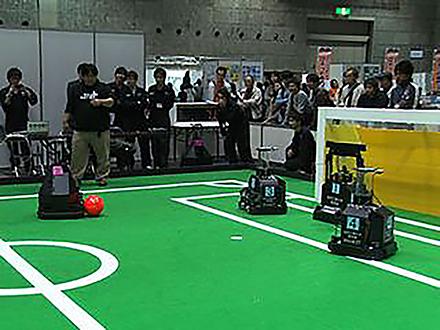 サイエンスニュース2011(新着情報) (4)第12回ロボカップジャパンオープン2011開催