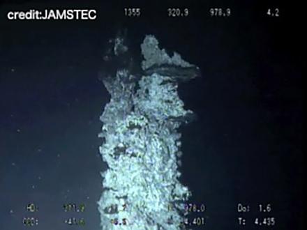 サイエンスニュース2016 海底資源を「養殖」 人工チムニー開発(2016年9月2日配信)